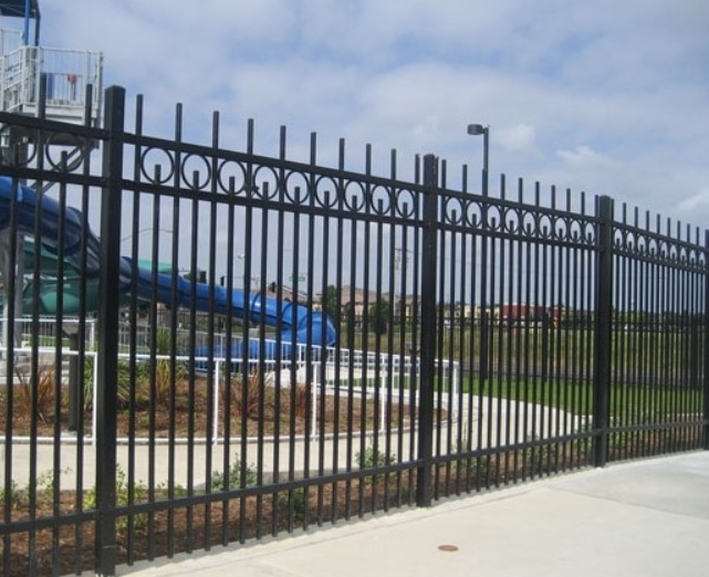Residential Or Commercial Galvanized Iron Fencing Chain Link Concrete Fences Gates Railings Spiral Stairs